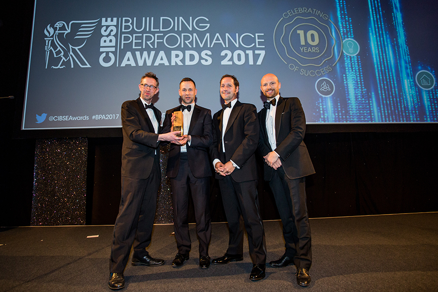 Guru collects Product Innovation of the Year award